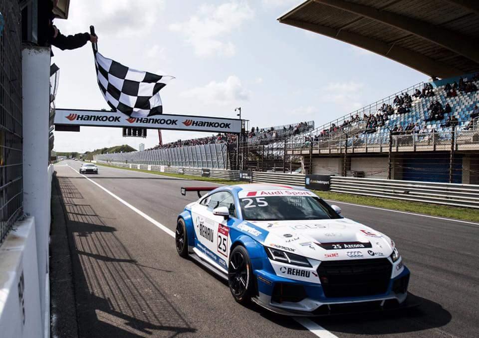 Audi Sport TT Cup Mikel Azcona