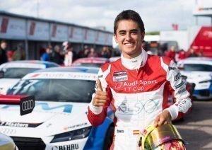 Mikel Azcona piloto español Audi Sport TT Cup
